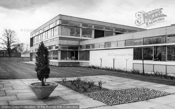 Photo of Aldershot, Talavera Junior School c.1965