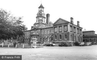 Aldershot, the Cambridge Military Hospital c1965