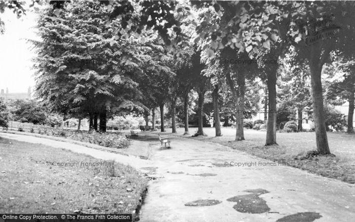 Photo of Aldershot, The Municipal Gardens c.1965