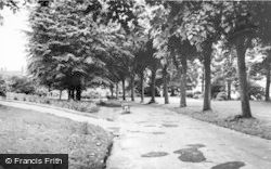 Aldershot, The Municipal Gardens c.1965