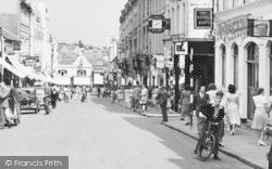 Aldershot, Union Street Bustle c.1955