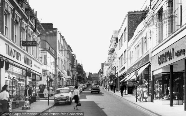 Photo of Aldershot, Union Street c1965