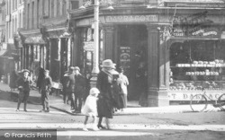Aldershot, Union Street, People 1918