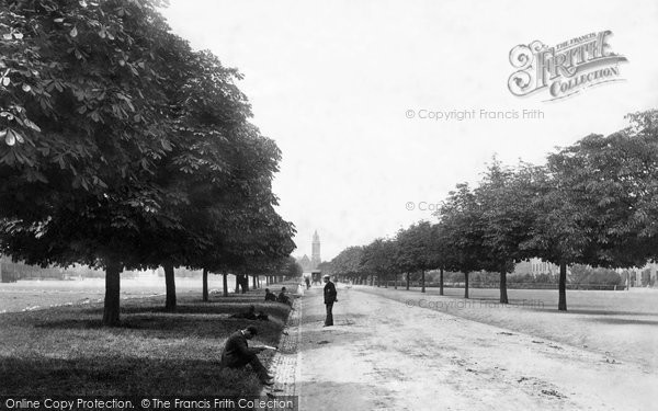 Photo of Aldershot, Wellington Avenue 1891