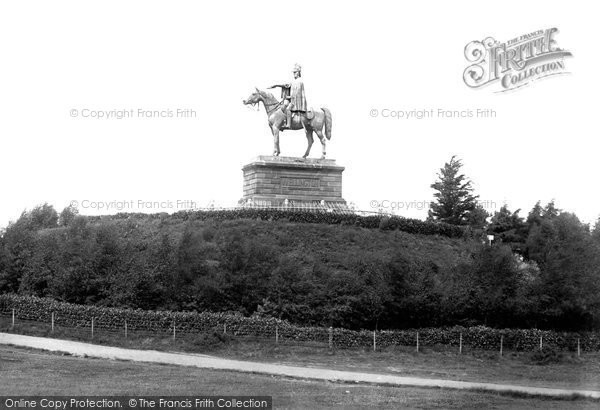 Photo of Aldershot, Wellington Monument 1891