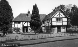 Alfold, Black And White House c.1955