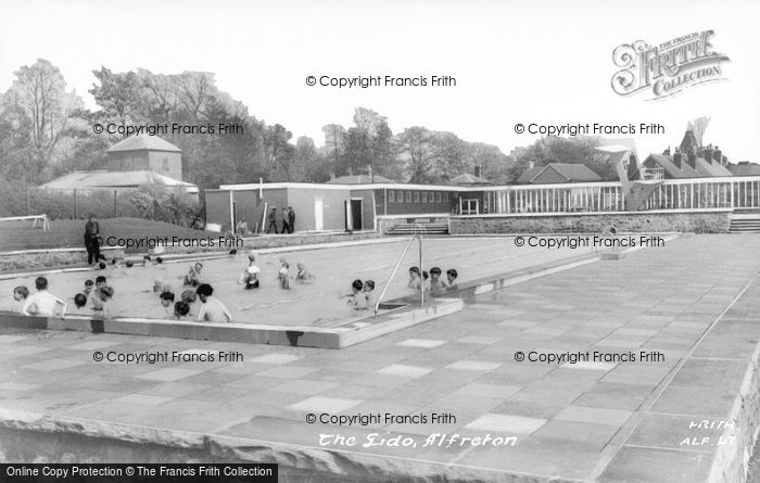 Photo of Alfreton, The Lido c.1965