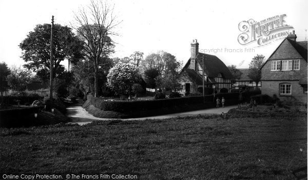 Photo of All Cannings, Drewitts Lane c.1960