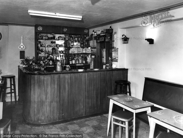 Photo of Allendale, Hotspur Hotel the Bar c1955, ref. A102106