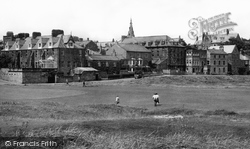 Alnmouth, Marine Drive From The Links c.1955