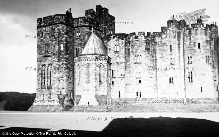 Photo of Alnwick, Castle 1950