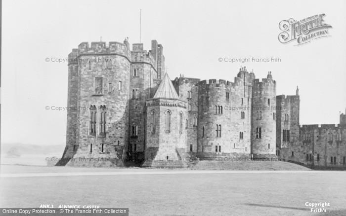 Photo of Alnwick, Castle c.1950