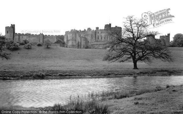 Photo of Alnwick, the Castle and River c1955, ref. A223014