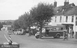 Alresford, A Bus In Broad Street c.1950