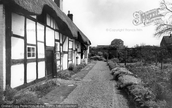 Photo of Alrewas, Thatched Cottage c1965