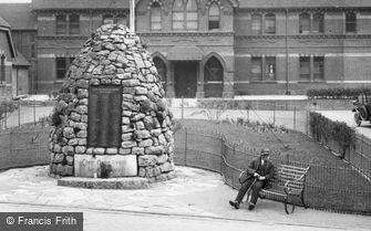 Alton, Crown Close, the Cairn War Memorial 1927