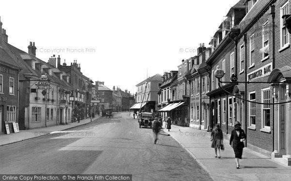 Photo of Alton, High Street 1927