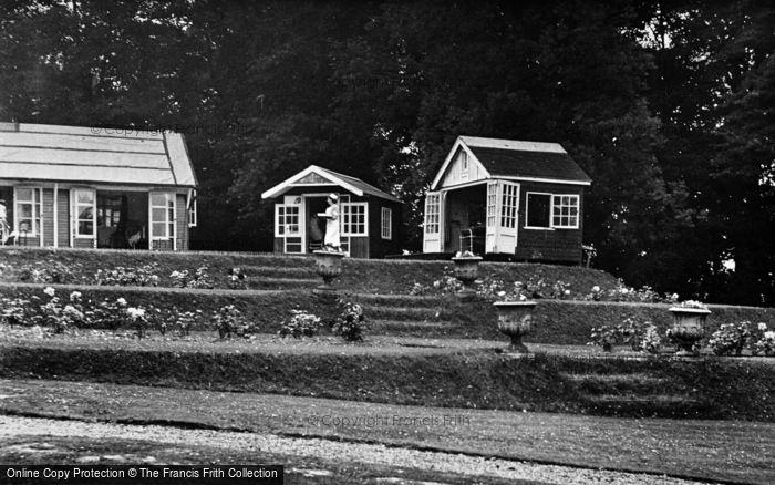 Photo of Alton, Morland Clinics c.1955