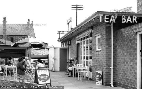 Photo of Altrincham, Tea Bar c.1960