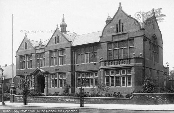 Photo of Altrincham, Town Hall 1903