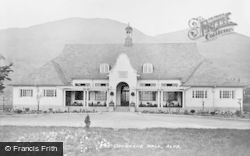 Alva, The Cochrane Hall c.1935