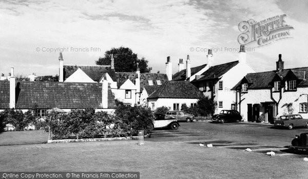 Photo of Alveston, The Ship Hotel c.1960