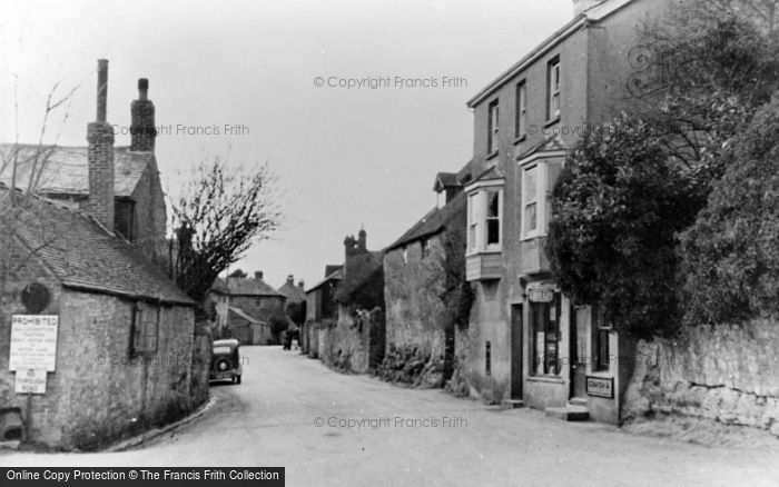 Photo of Amberley, By The Post Office c.1950