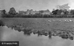 Castle 1949, Amberley