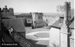 Castle Courtyard 1949, Amberley