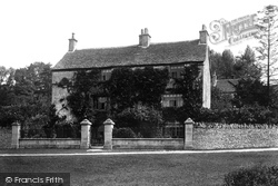 Rose Cottage 1901, Amberley