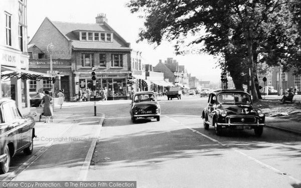 Amersham On The Hill, Oakfield Corner c.1960