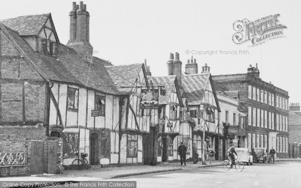 Photo of Amersham, The Kings Arms, High Street c.1955