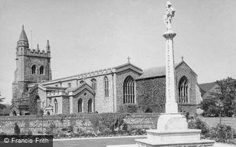 Amersham, War Memorial and St Mary's Church c1955