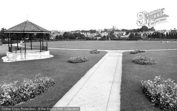 Photo of Ammanford, Ammanford Park c1960