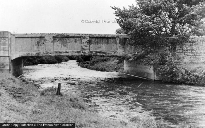 Photo of Ammanford, Dyffryn Bridge c.1955
