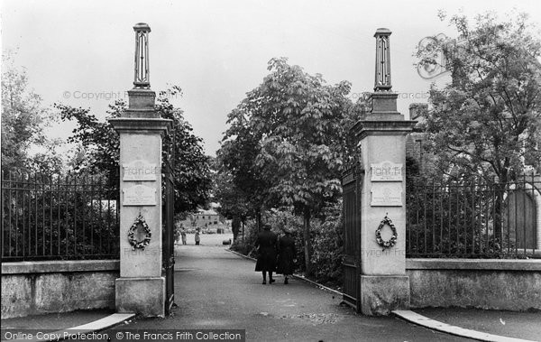 Photo of Ammanford, The Park Memorial Gates And Avenue c.1955