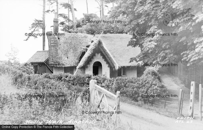 Photo of Ampthill, Holly Walk, Thatching c.1960
