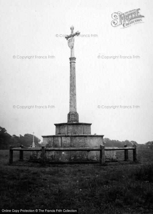 Photo of Ampthill, War Memorial, Ampthill Park c.1951
