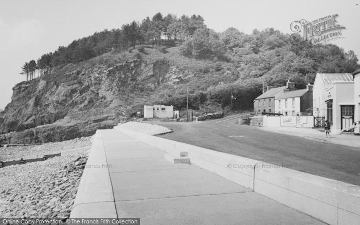 Photo of Amroth, The Cliffs c.1960