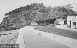 Amroth, The Cliffs c.1960