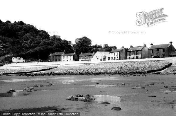 Photo of Amroth, The Village c.1955