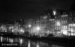 At Night 1938, Amsterdam