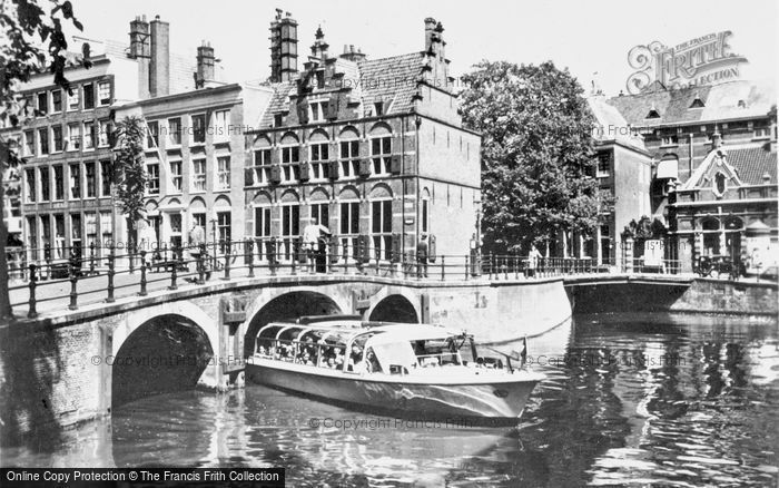 Photo of Amsterdam, Grimburgwal, House On The Three Canals c.1950