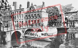 Grimburgwal, House On The Three Canals c.1950, Amsterdam