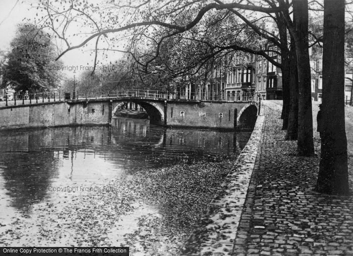 Photo of Amsterdam, Herengracht c.1920