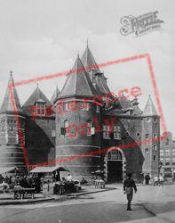 Nieumarkt, The Waag c.1920, Amsterdam