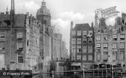 Oudezijdsvoorburgwal c.1920, Amsterdam
