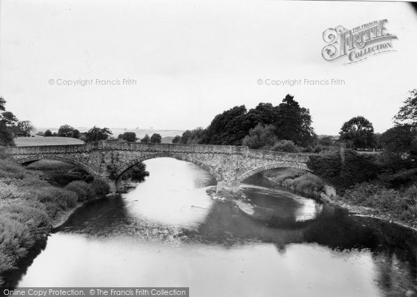Photo of Ancrum, Old Bridge, Cleekimin c.1955