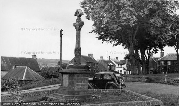 Photo of Ancrum, the War Memorial and Green c1955, ref. a177012