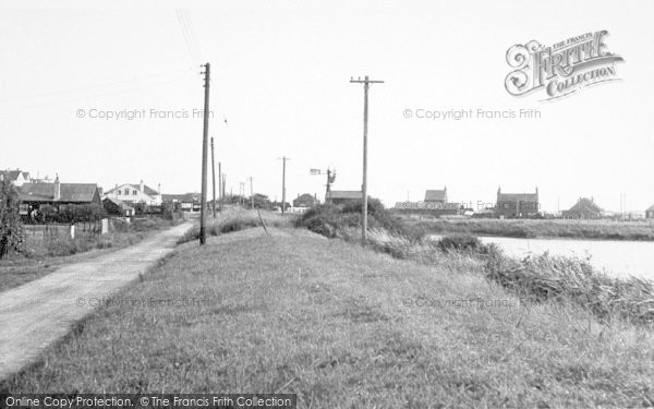 Photo of Anderby Creek, North Road Looking South c.1955
